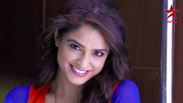 Watch Phir Bhi Na Maane Badtameez Dil TV Serial Episode 10 - Abeer panics