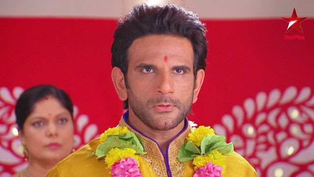 Watch Iss Pyar Ko Kya Naam Doon Ek Baar Phir TV Serial Episode 10 - The  police arrest Indrajeet Full Episode on Hotstar