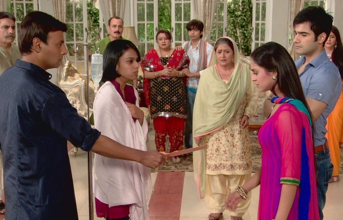 Watch Ek Hazaaron Mein Meri Behna Hai TV Serial Episode 29 - Inder files  case for Maanvi Full Episode on Hotstar