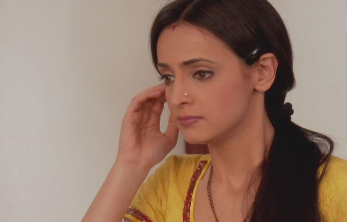 Watch Iss Pyar Ko Kya Naam Doon TV Serial Episode 28 - Khushi irritates  Arnav Full Episode on Hotstar