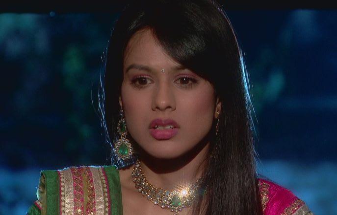 Watch Ek Hazaaron Mein Meri Behna Hai TV Serial Episode 9 - Maanvi and  Viraat in outhouse Full Episode on Hotstar