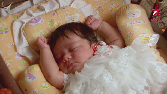 Watch Yeh Rishta Kya Kehlata Hai TV Serial Episode 36 - Naksh's babysister  is 'Naira' Full Episode on Hotstar