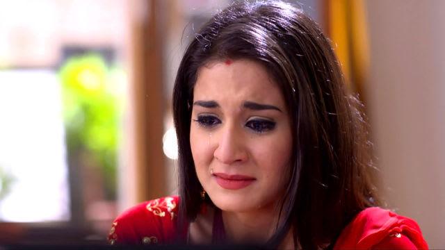 Watch Vezhambal TV Serial Episode 20 - Avni's Shocking Discovery Full  Episode on Hotstar