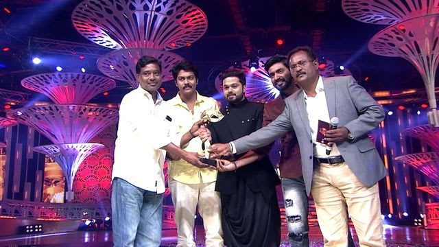 Watch Vijay Television Awards TV Serial Episode 3 - 4th Annual VTA Gets  Cracking Full Episode on Hotstar