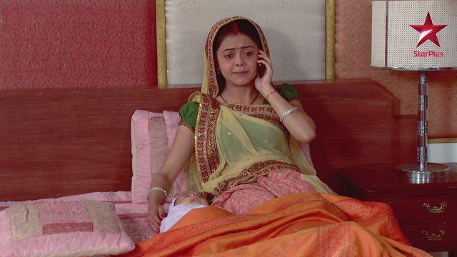 Watch Saath Nibhaana Saathiya TV Serial Episode 19 - Gopi gives birth Full  Episode on Hotstar
