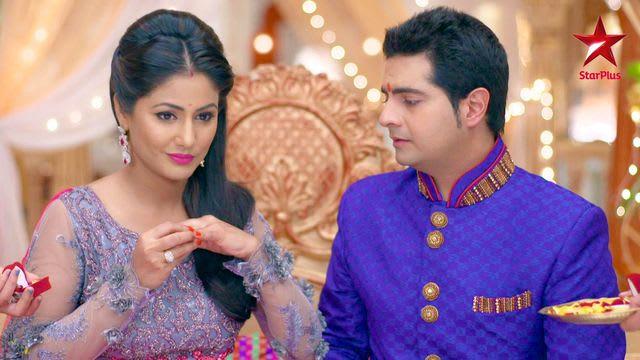 Watch Yeh Rishta Kya Kehlata Hai TV Serial Episode 7 - Naitik, Akshara,  engaged again! Full Episode on Hotstar