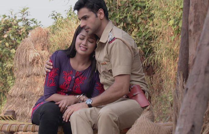 Watch Ek Veer Ki Ardaas - Veera TV Serial Episode 2 - Inspector Rajveer  rescues Veera Full Episode on Hotstar