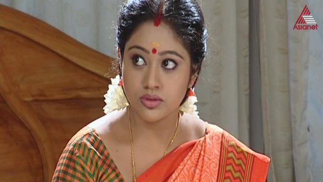 Watch Chandanamazha Tv Serial Episode 4 Amrutha Decides To Leave Full Episode On Hotstar
