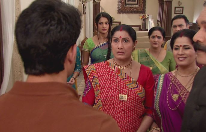 Watch Saraswatichandra TV Serial Episode 47 - Kumud's family is shocked  Full Episode on Hotstar