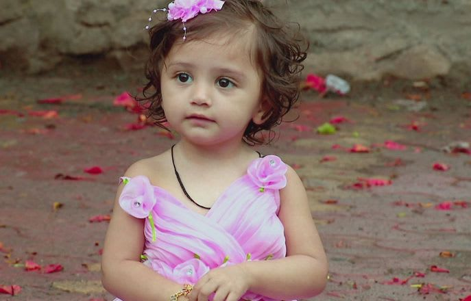Watch Saath Nibhaana Saathiya TV Serial Episode 13 - Meera finds a gold  chain Full Episode on Hotstar