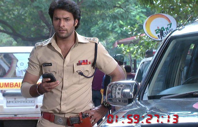 Watch Har Yug Mein Aaega Ek Arjun TV Serial Episode 111 - Arjun saves  Sakshi Full Episode on Hotstar