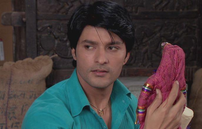 Watch Diya Aur Baati Hum TV Serial Episode 46 - Maasa Treats Sandhya with  Respect Full Episode on Hotstar