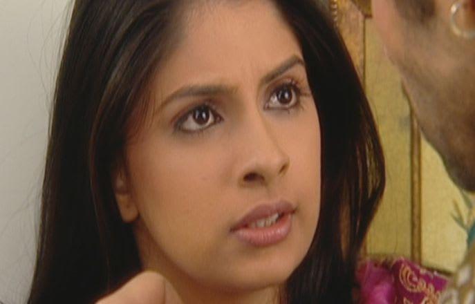 Watch Mann Kee Awaaz Pratigya TV Serial Episode 12 - Aarushi tries to  instigate Shakti Full Episode on Hotstar