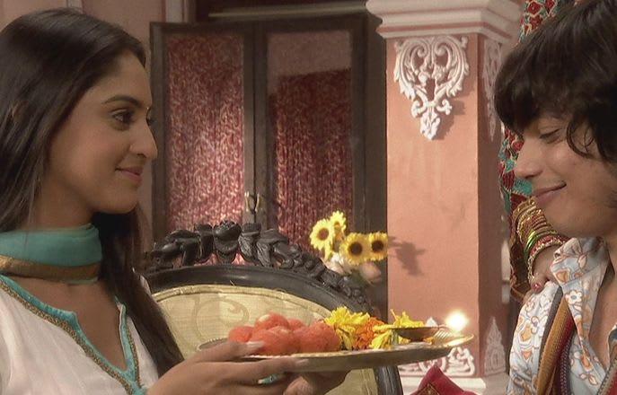 Watch Ek Hazaaron Mein Meri Behna Hai TV Serial Episode 12