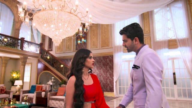 Watch Iss Pyaar Ko Kya Naam Doon 3 TV Serial Episode 51 - Chandni to Win  Dev's Heart Full Episode on Hotstar