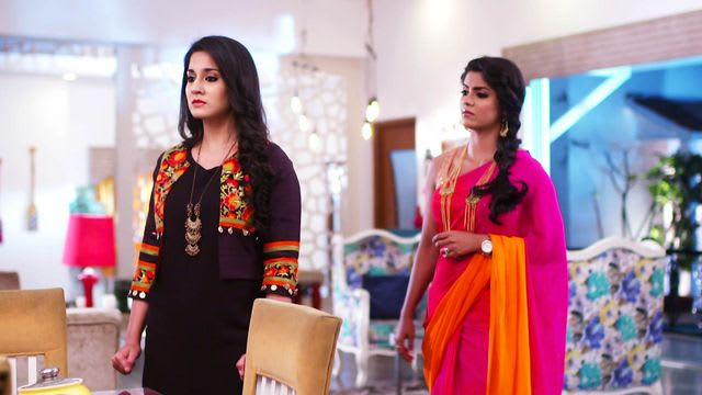 Watch Naamkarann TV Serial Episode 7 - Neela, Avni's Evil Plot Full Episode  on Hotstar