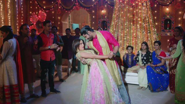 Watch Nimki Mukhiya TV Serial Episode 12 - Babbu's Sangeet, Nimki's Mehendi  Full Episode on Hotstar