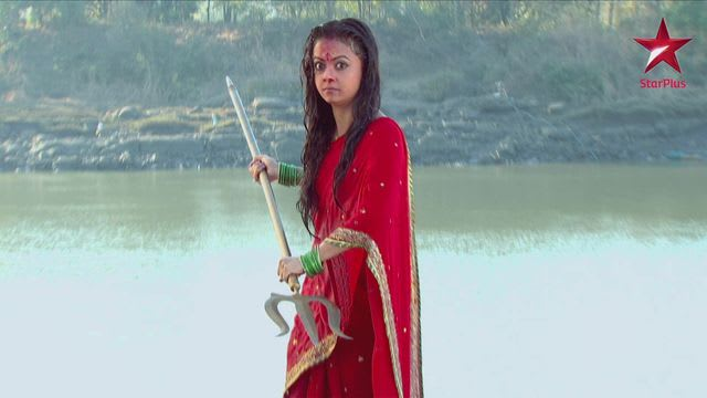 Watch Saath Nibhaana Saathiya TV Serial Episode 34 - Gopi Stabs Radha! Full  Episode on Hotstar