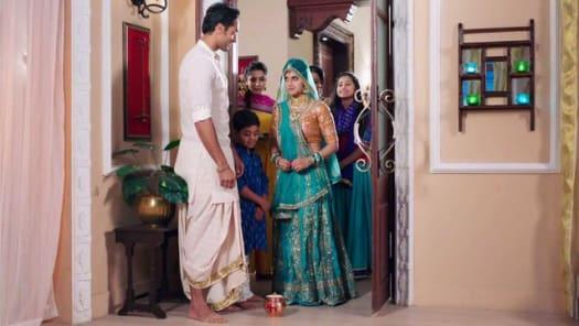 Watch Tu Sooraj Main Saanjh, Piyaji TV Serial Episode 1 - Kanak