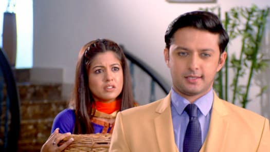 Watch Rishton Ka Saudagar - Baazigar TV Serial Episode 2 - KAT-Aarav  Humiliates Arundhati Full Episode on Hotstar