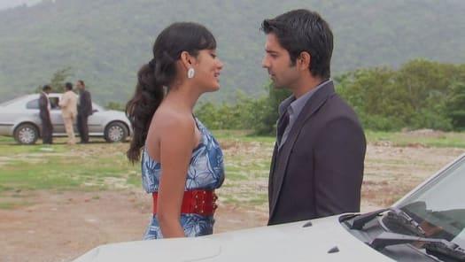 Watch Iss Pyar Ko Kya Naam Doon TV Serial Episode 15 - Khushi meets