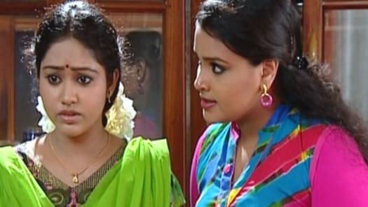 Watch Chandanamazha Tv Serial Episode 19 Amrutha Sees Sheetals Pictures Full Episode On Hotstar