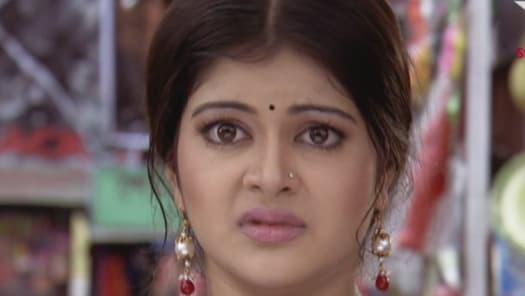 Watch Bojhena Se Bojhena TV Serial Episode 1 - Aranya buys