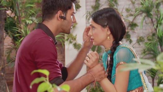 Iss Pyar Ko Kya Naam Doon Serial Full Episodes, Watch Iss