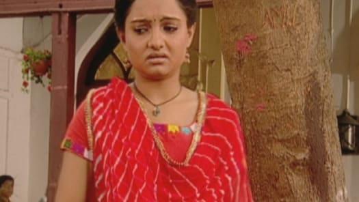 Watch Saath Nibhaana Saathiya TV Serial Episode 5 - Gopi chosen as the  bride Full Episode on Hotstar