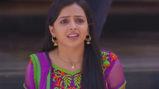 Watch Iss Pyar Ko Kya Naam Doon Ek Baar Phir TV Serial Episode 6 - Astha  tries to meet Shlok Full Episode on Hotstar