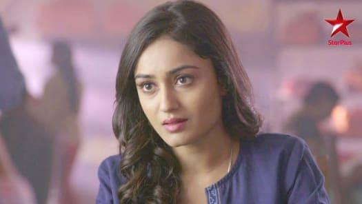 Watch Dahleez TV Serial Episode 1 - Adarsh is Attracted to