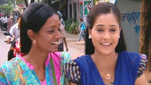 Watch Sapna Babul Ka    Bidaai TV Serial Episode 17 - Sadhana-Ragini Go For  a Film Full Episode on Hotstar
