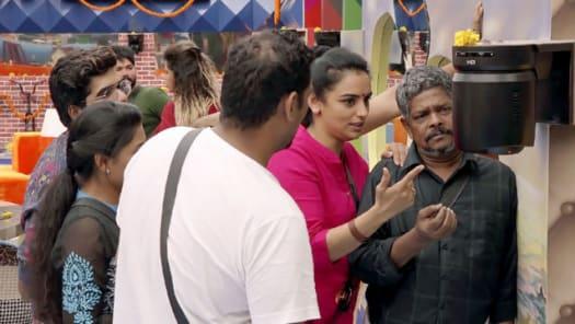 Watch Bigg Boss TV Serial Episode 1 - Mohanlal's Roaring